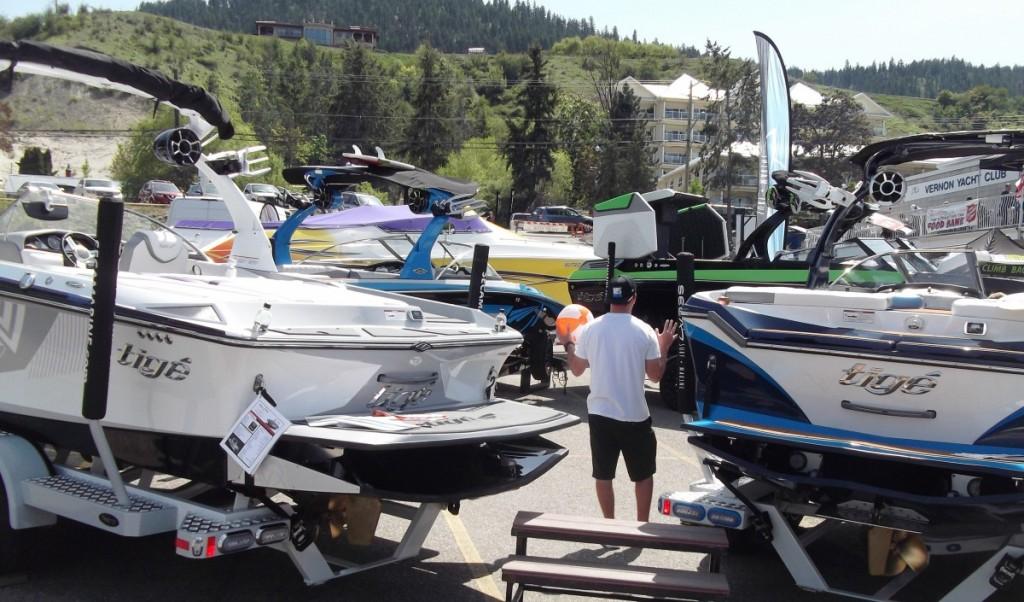 Boat Show Sunday 1